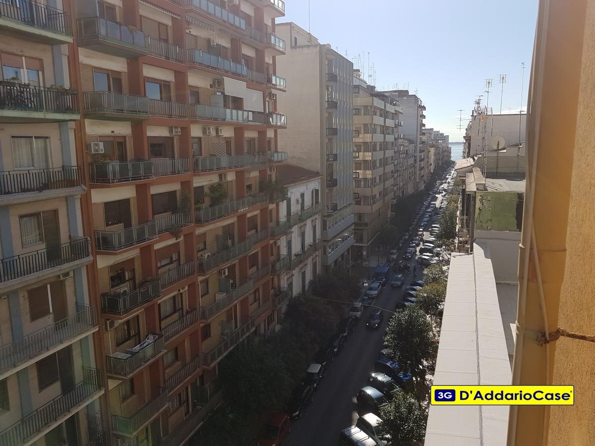 Appartamento in Affitto a Taranto
