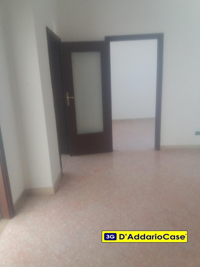Appartamento affitto Taranto (TA) - 4 LOCALI - 120 MQ