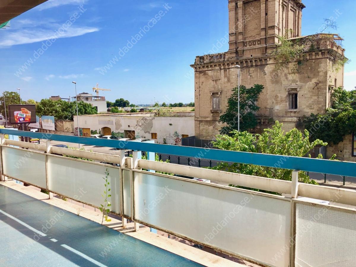 Appartamento affitto Taranto (TA) - 5 LOCALI - 180 MQ