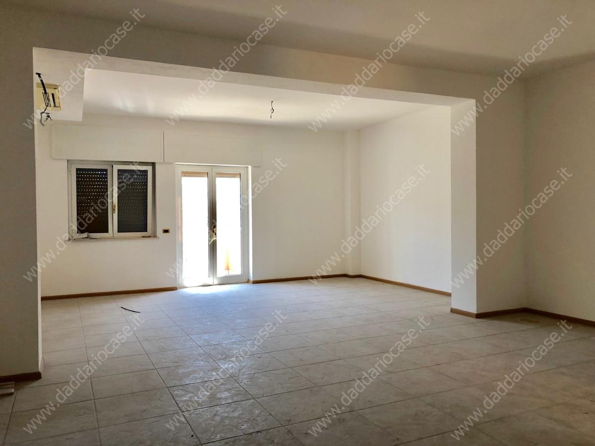 Appartamento Taranto TA1045420