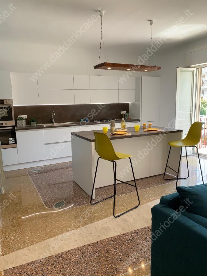 Appartamento vendita TARANTO (TA) - 4 LOCALI - 140 MQ