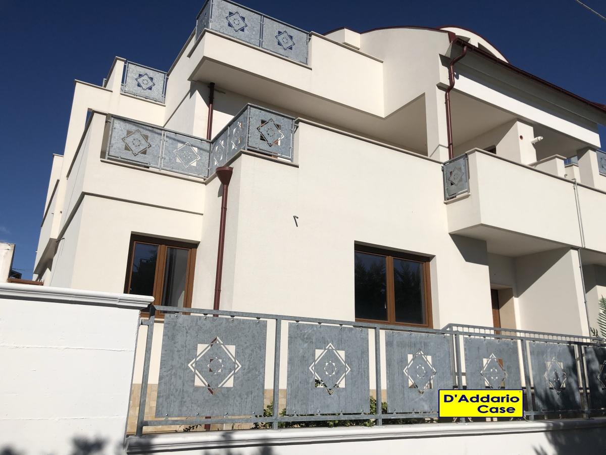 Villa singola Taranto TA3442