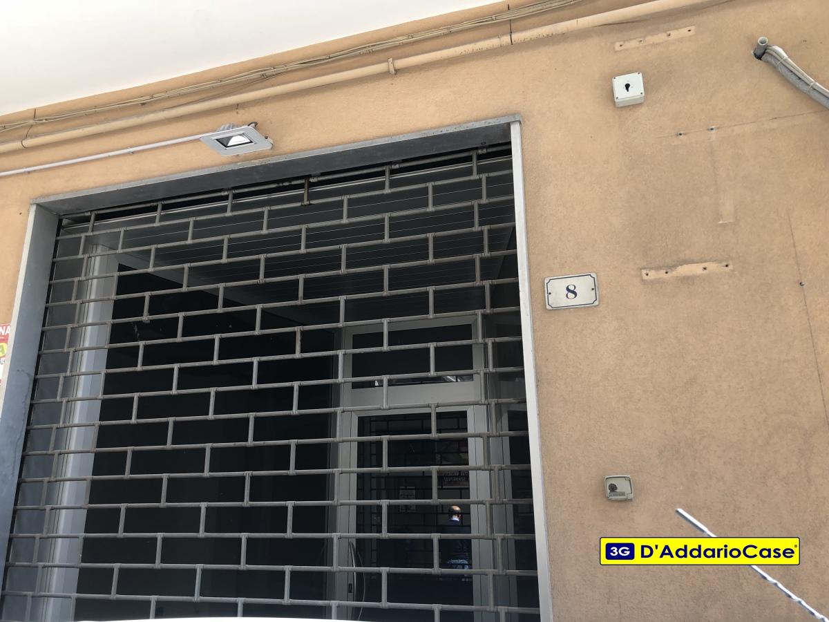 Affitto locali commerciali massafra locale commerciale for Locali commerciali in affitto roma centro
