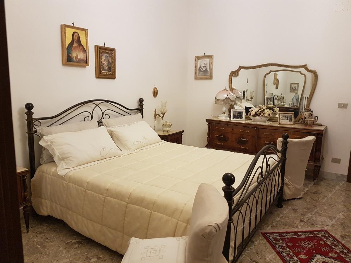 Camere Da Letto Taranto vendita appartamenti quadrivani taranto - luminoso