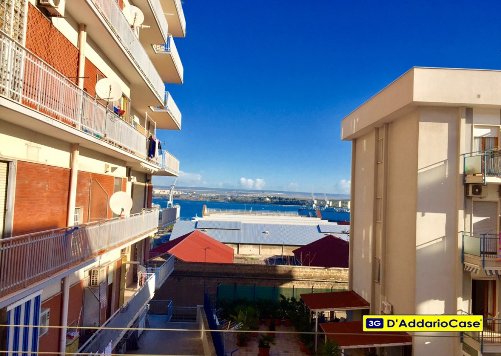 For Sale Three-room apartments Taranto - BRIGHT THREE-ROOM VIA MASDEA Locality