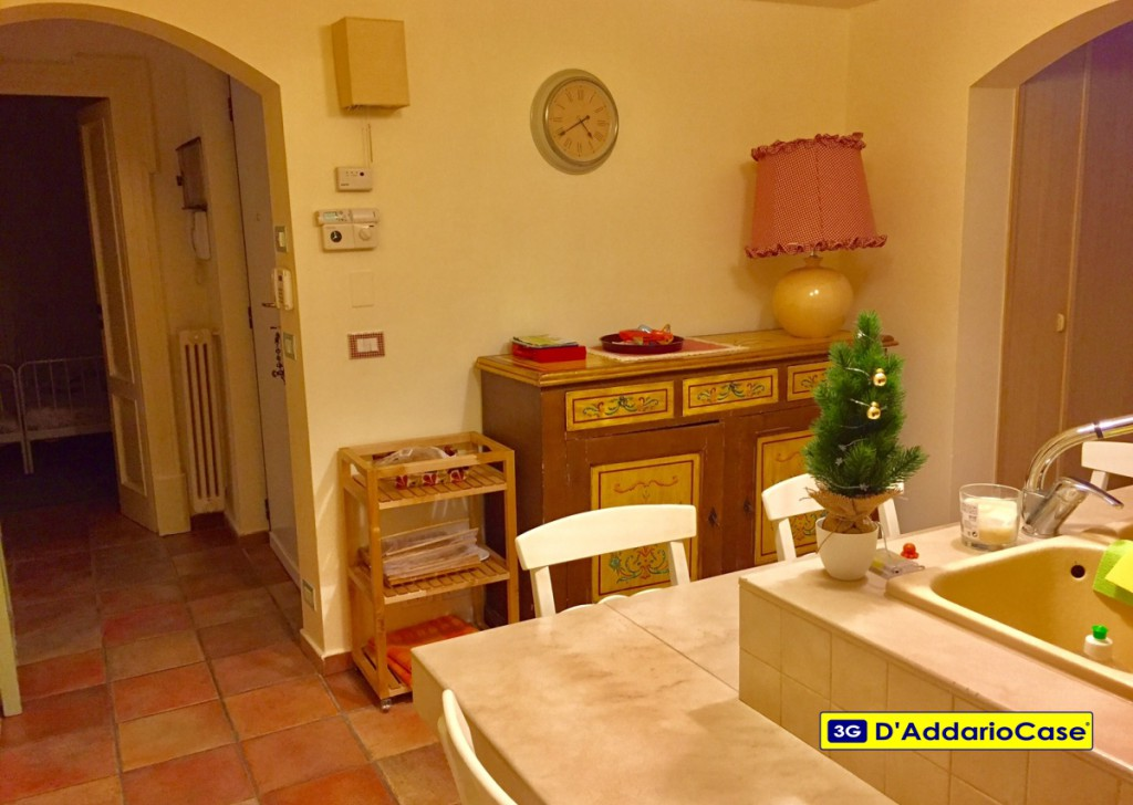 Sale four room Taranto - prestigious three bedroom VILLAGE Locality