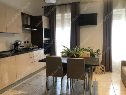 Renovated and furnished 3 room apartment with garage