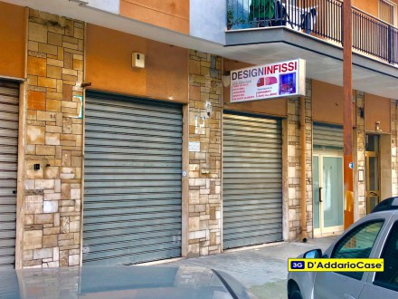 LOCALE COMMERCIALE VIA VENETO