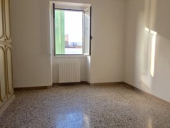 BRIGHT THREE-ROOM VIA LEONIDA - 12