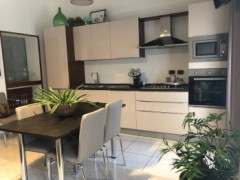Renovated and furnished 3 room apartment with garage - 3