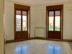 BRIGHT THREE BEDROOM VIA UMBRIA - 7