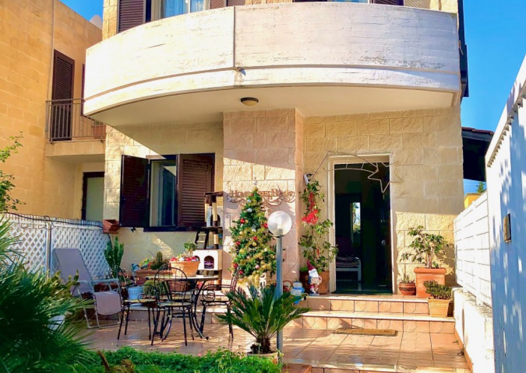 Sale Terraced villas Taranto - Villa on 3 levels Lama area Locality